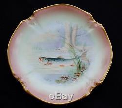 12 Assiettes De Poisson Fabuleux Dans Un Habitat Naturel Peint À La Main De M. Limoges France Des Années 1890