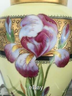 Antique D Co Limoges Peinte À La Main Vase Iris Fleurs Gilt Rim Illustrateurs 11