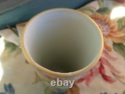 Antique Limoges France Peinte À La Main Lady Roses Vase Cylindre En Porcelaine Perlée