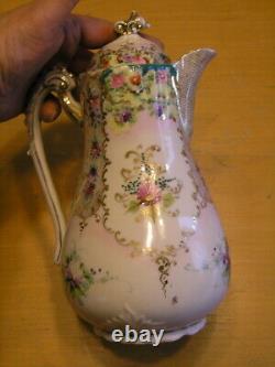 Antique Non Marqué Peint À La Main Porcelaine Lidded Chocolate Pot Floral Gilt Lattice