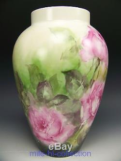 Beau Vase De Roses De Limoges France Peint À La Main