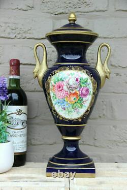 Français Peinture À La Main En Porcelaine De Limoges Bleu Cobalt Peinture Florale Vase Swan Handles