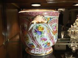 Le Tallec De Paris France Jardinière Ornée De Roses Et De Fleurs Peintes À La Main
