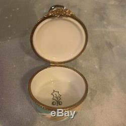 Limoges France Trinket Box- Main Rare Et Signe Bonhomme De Neige Peint
