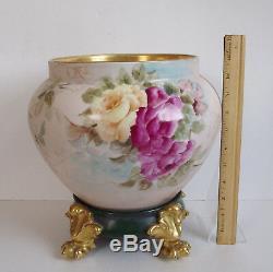 Limoges Roses Artist Signé Jardiniere Peinte À La Main Antique Gold Paw Foot Plinthe