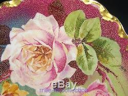 Magnifique Assiette En Or Et Roses Peintes À La Main De Limoges France, Signée Laure (a)