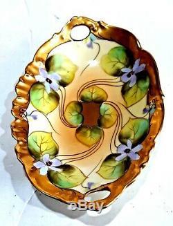 Main Exceptionnelle Peint Violettes T & V Limoges France Venise 1896 Pickard Plat
