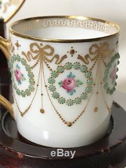 Main Incroyable Peint Jeweled Limoges Raynaud Jeweled Coffe Tasse Et Soucoupe