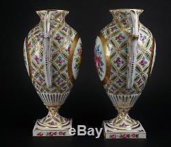 Paire De Magnifiques Urnes En Porcelaine Peinte À La Main, Style Ancien De Sèvres Limoges