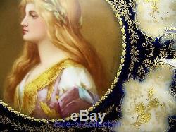 Portrait De Dame Peinte À La Main De Limoges Et Plaque D'armoire En Or Surélevé, Artiste E. Furlaud
