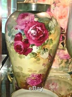 Superbe Vase De France Limoges Recouvert De Roses Peintes À La Main