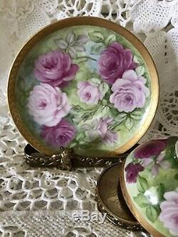 Tasse À Thé Et Soucoupe À Thé Guilde Incrustée D'or Et Roses