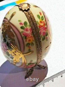 Vintage Hand Painted Porcelaine Limoges Peint Main Hinged Trinket Box Egg